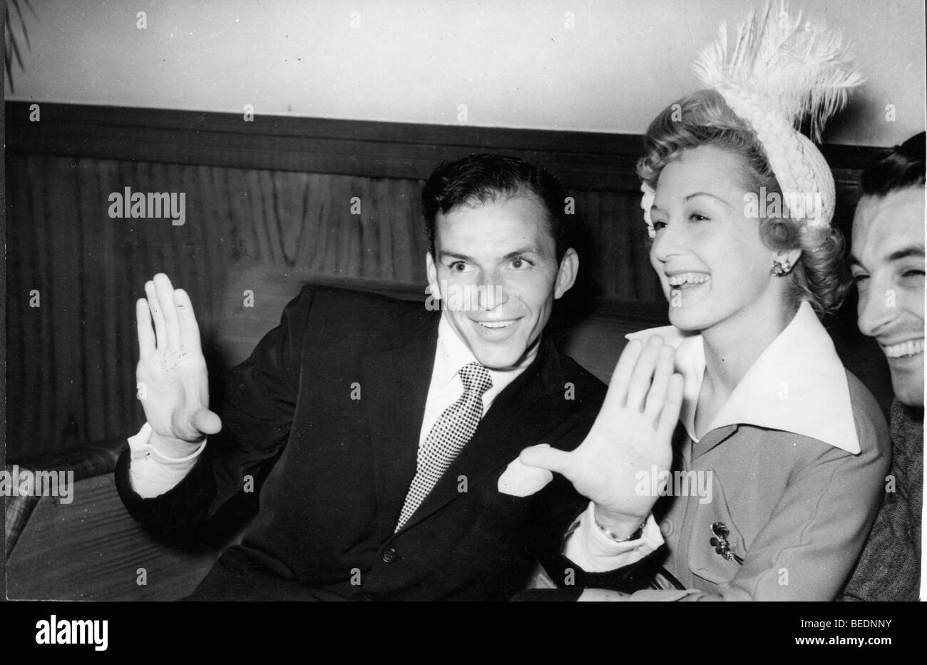 Singer Frank Sinatra at reception the Prince of Wales Theatre - Stock Image