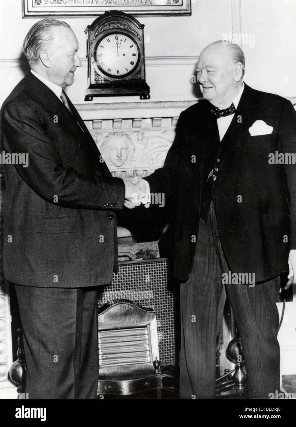 5533961 (900324) Winston CHURCHILL , rechts , britischer Politiker , Premierminister , begr flt den deutschen Bundeskanzler - Stock Image