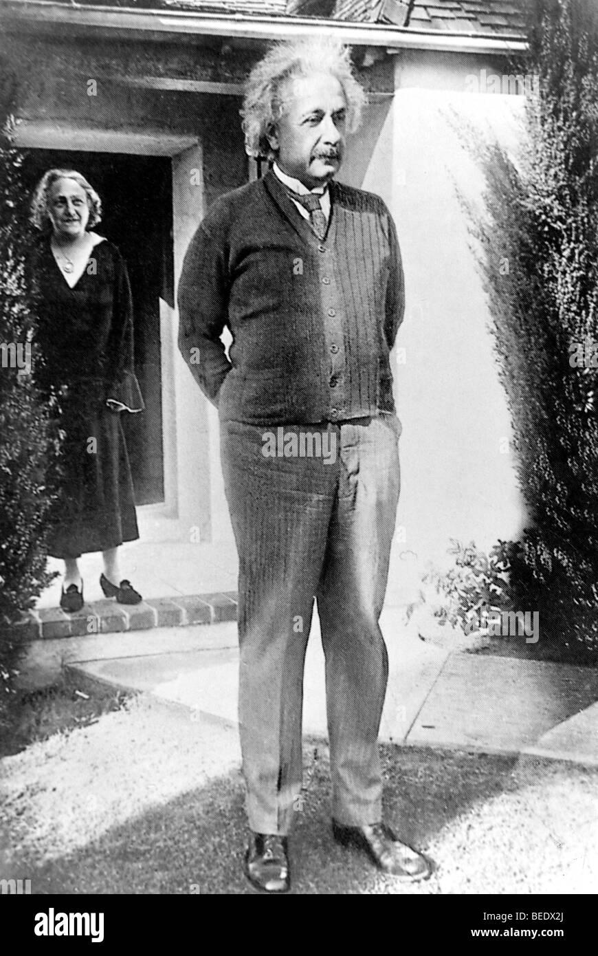 Albert Einstein with his wife Elsa - Stock Image
