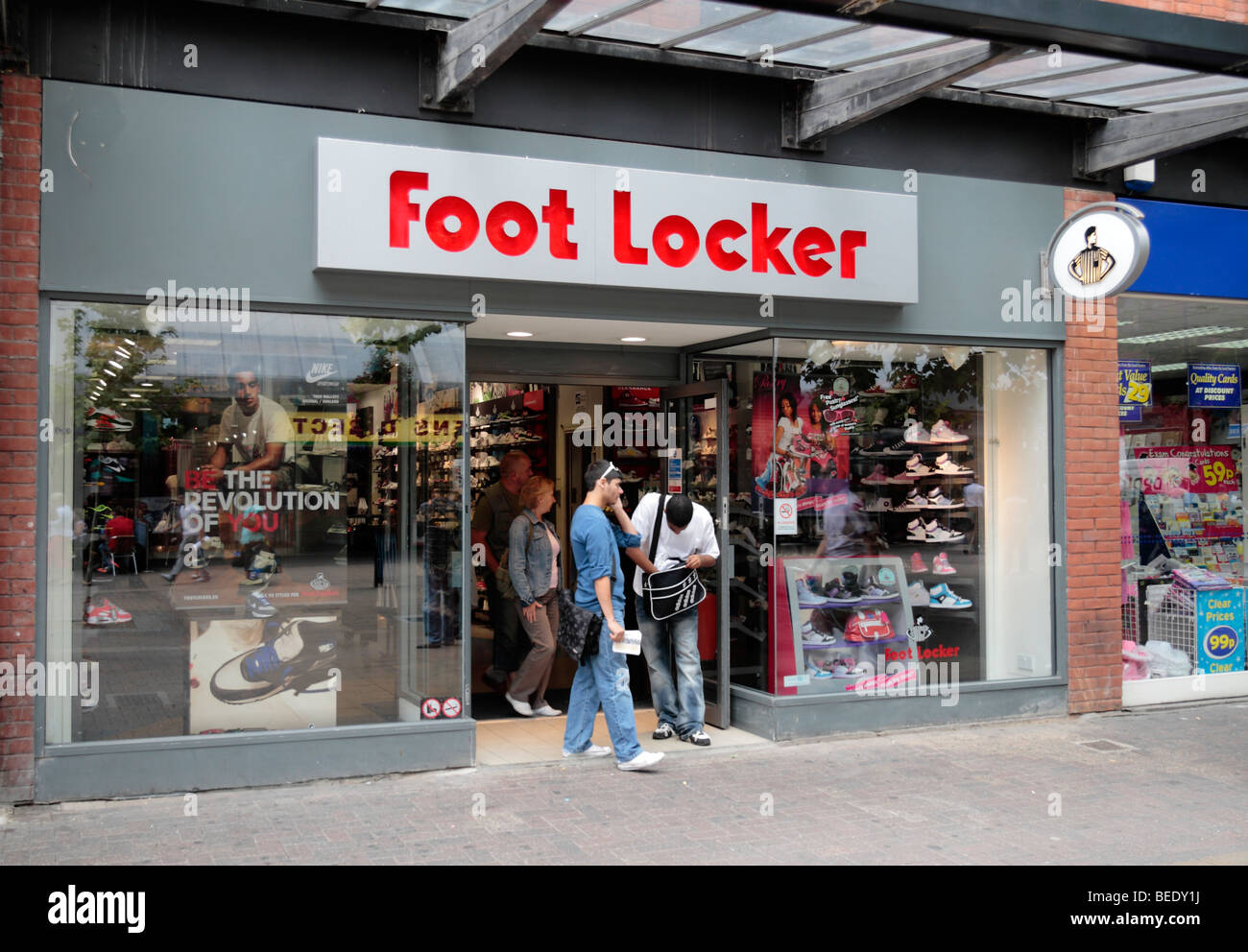 Foot Locker. M likes. Welcome to Foot Locker! Check out the latest kicks and news from our world. Tell us what you think, but let's keep it clean.