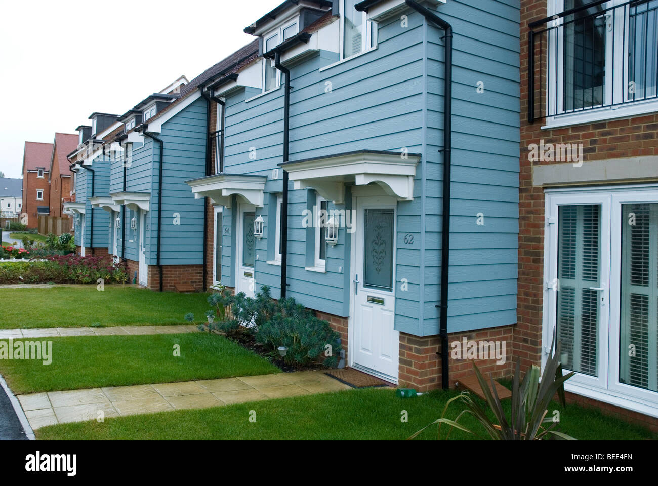 Row Of Houses For Sale Stock Photos & Row Of Houses For Sale Stock ...
