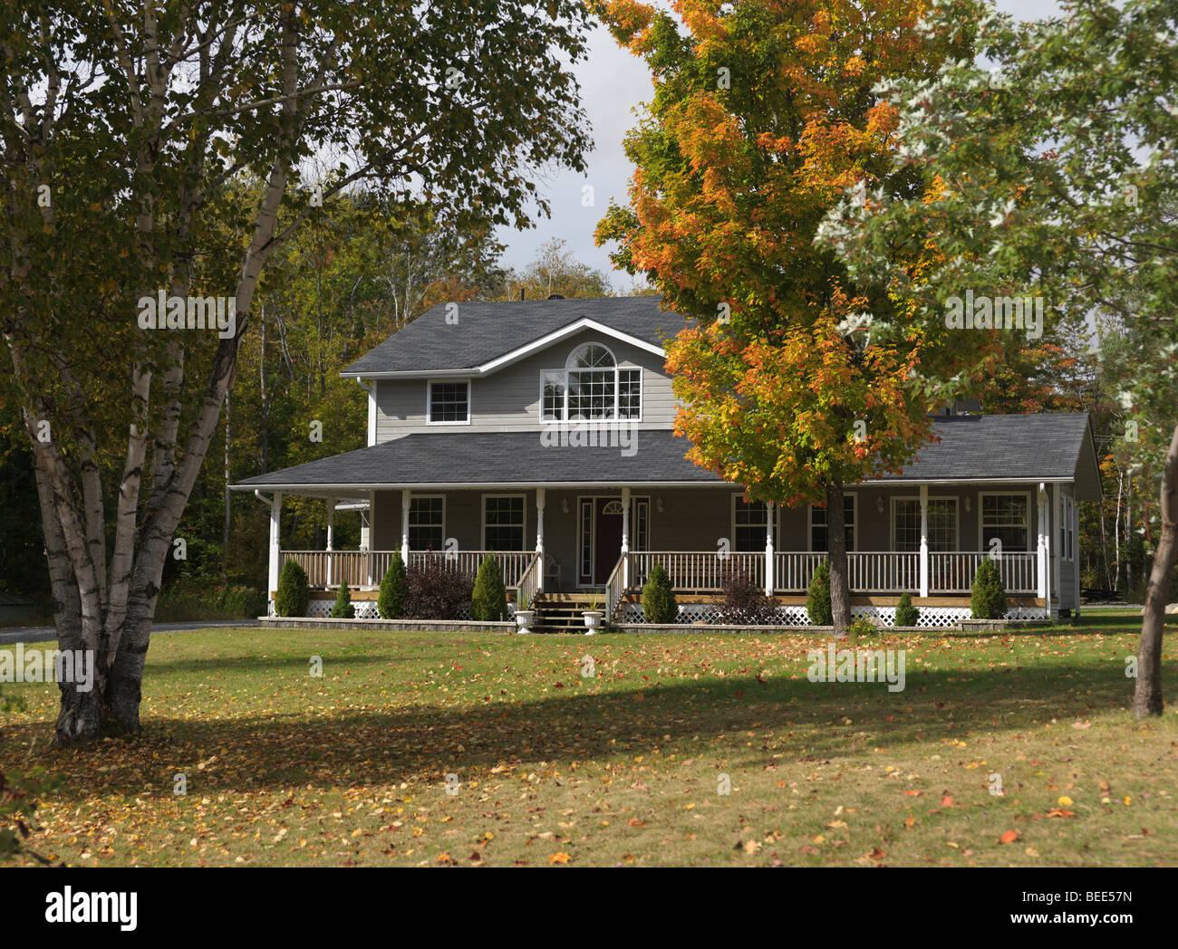 Cottage country in fall - Stock Image