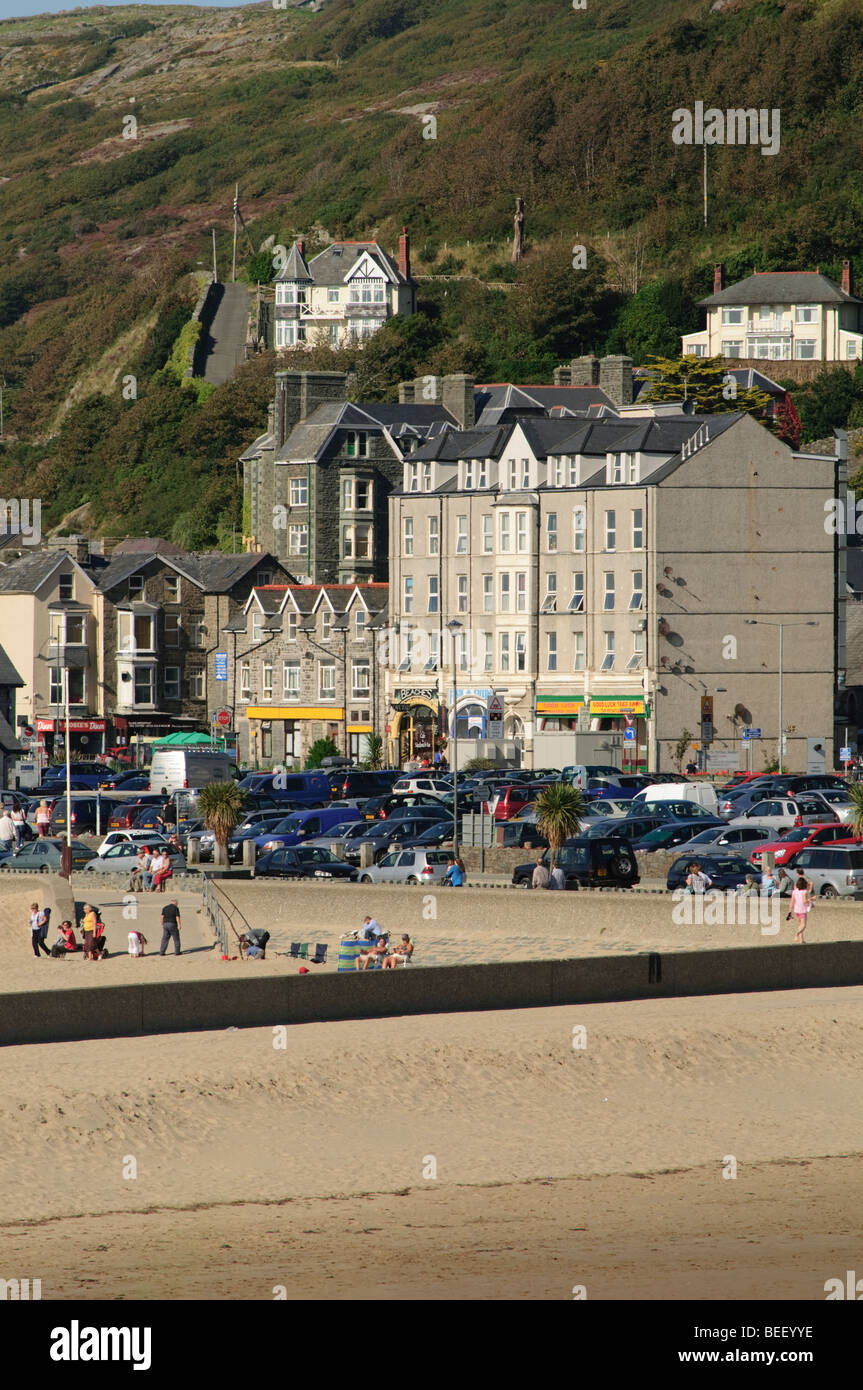 Barmouth welsh seaside resort, Mawddach Estuary, Snowdonia National Park, Gwynedd, North Wales UK - Stock Image