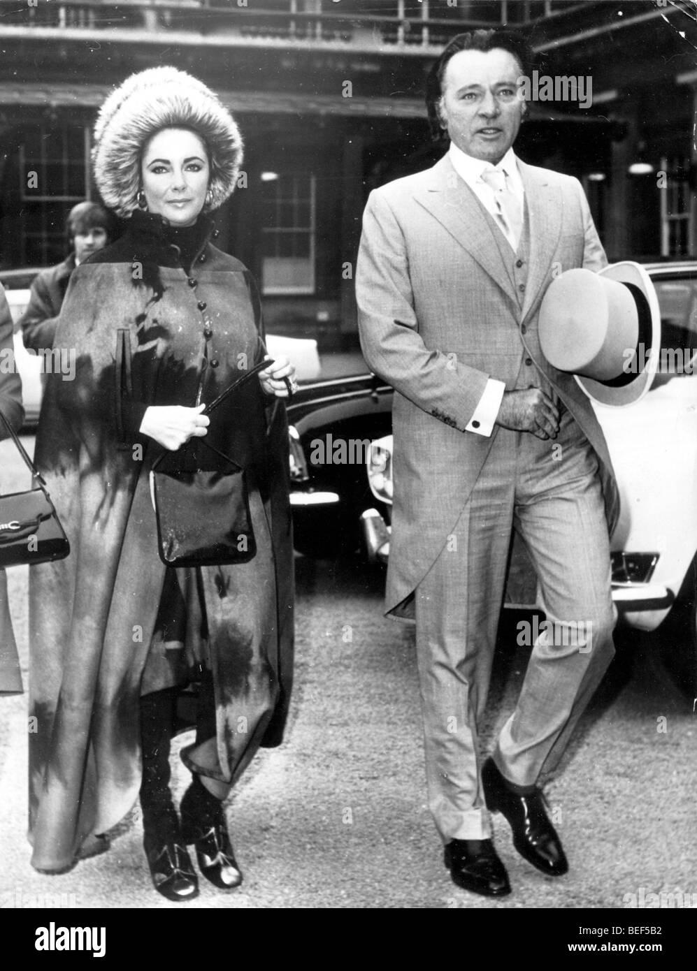 5512461 (900324) Elizabeth ( LIZ ) TAYLOR , amerikanische Schauspielerin mit Ehemann und Schauspieler Richard BURTON - Stock Image