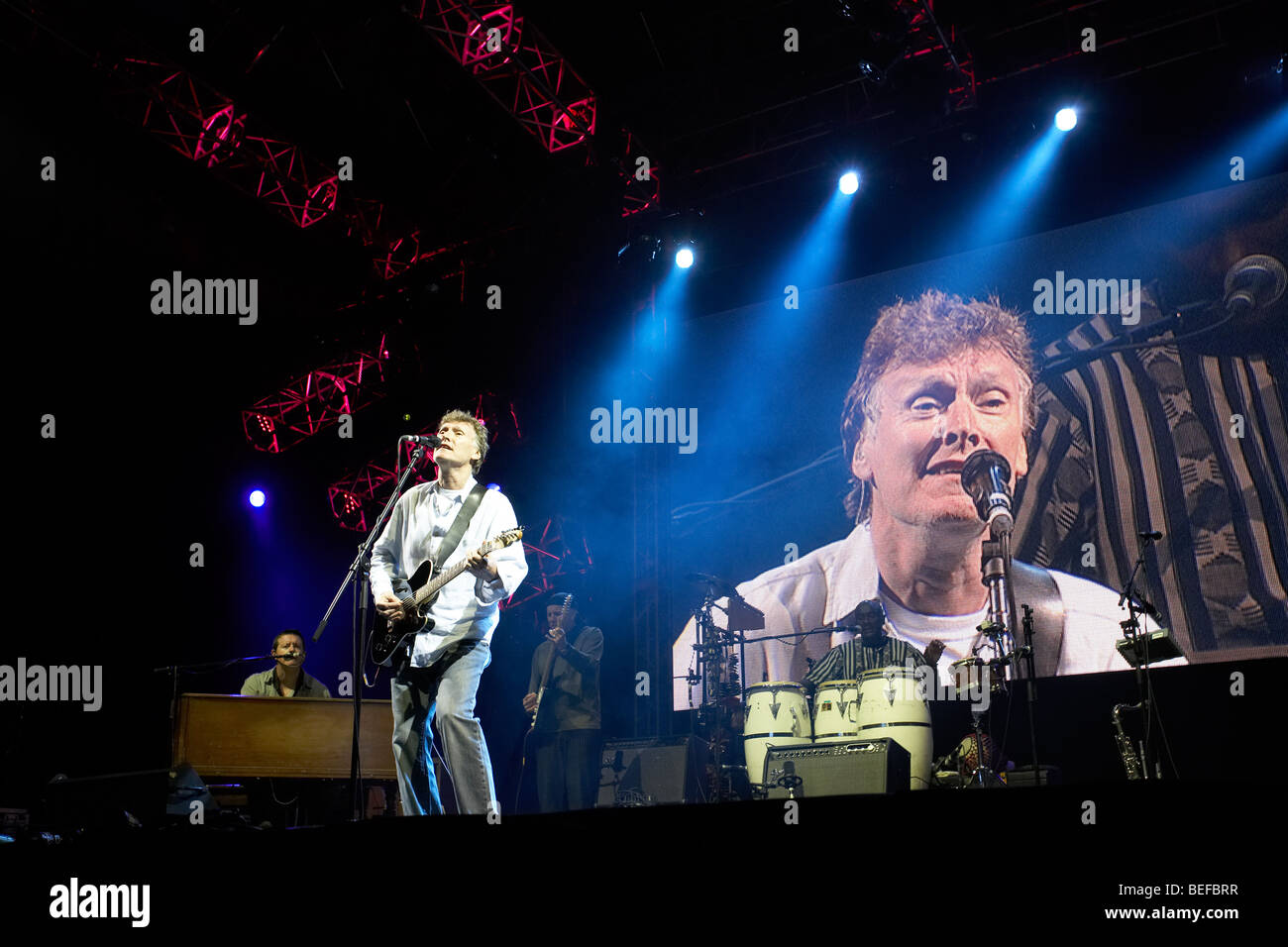 Steve Winwood at 2009 Fairport Cropredy Convention - Stock Image