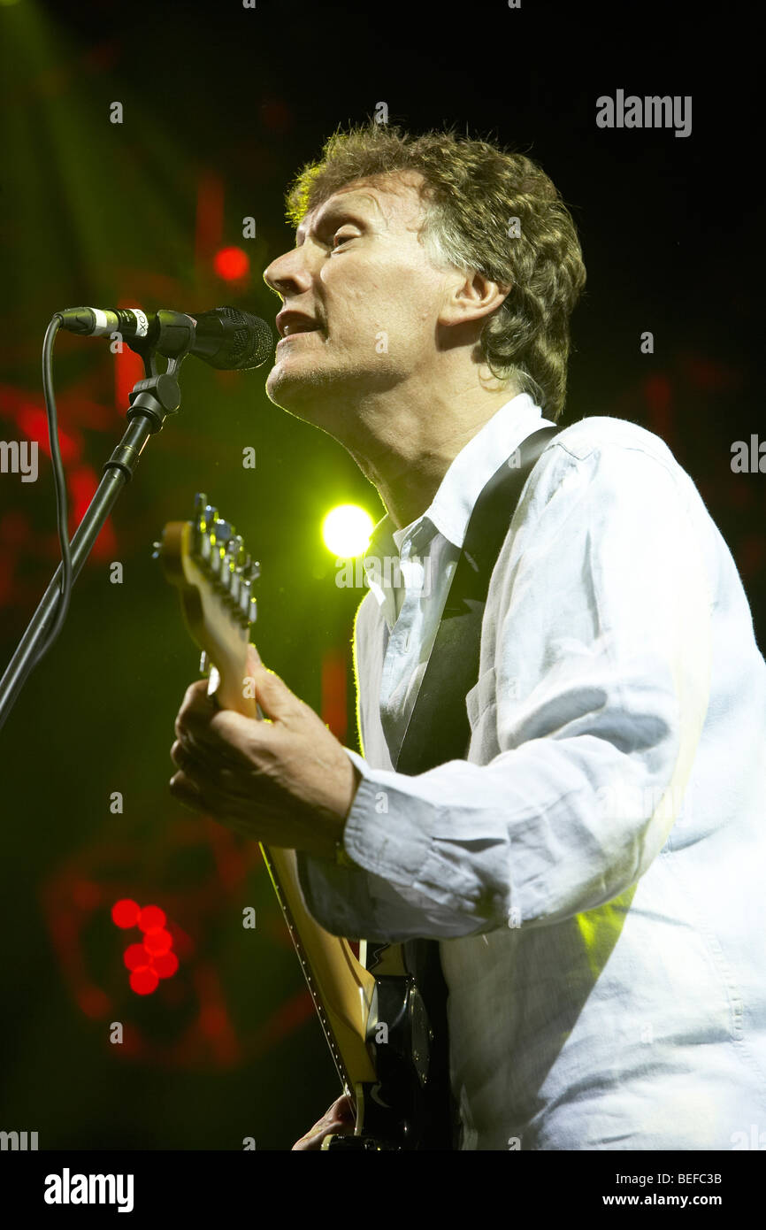 Steve Winwood at the 2009 Fairport Cropredy Convention - Stock Image