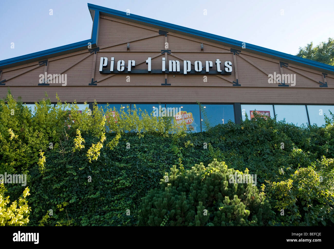 A Pier 1 Imports retail location in Maryland.  - Stock Image
