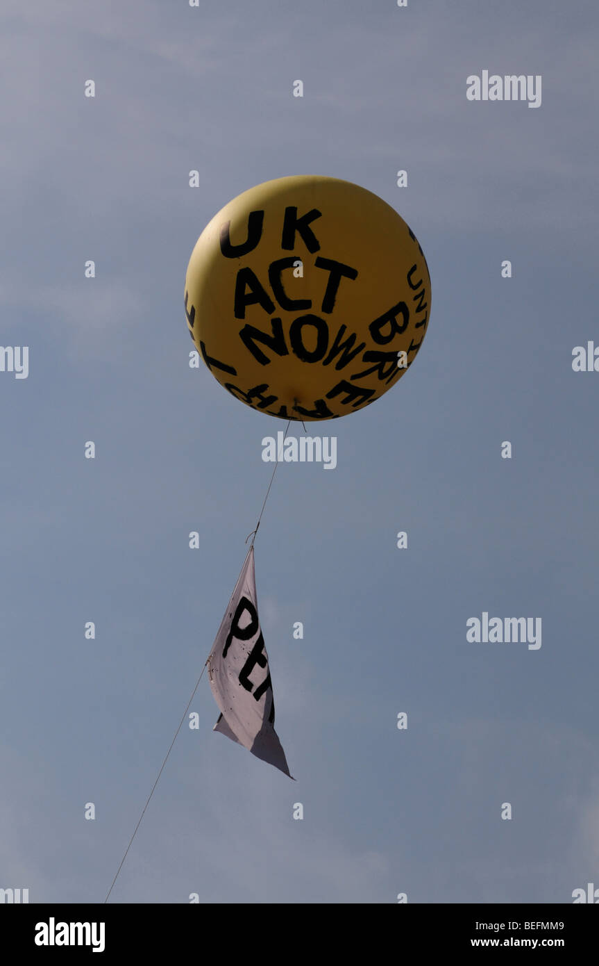 Protest Balloon, Westminster London. Asking Britain to act to stop the atrocities that are happening in Sri Lanka. - Stock Image