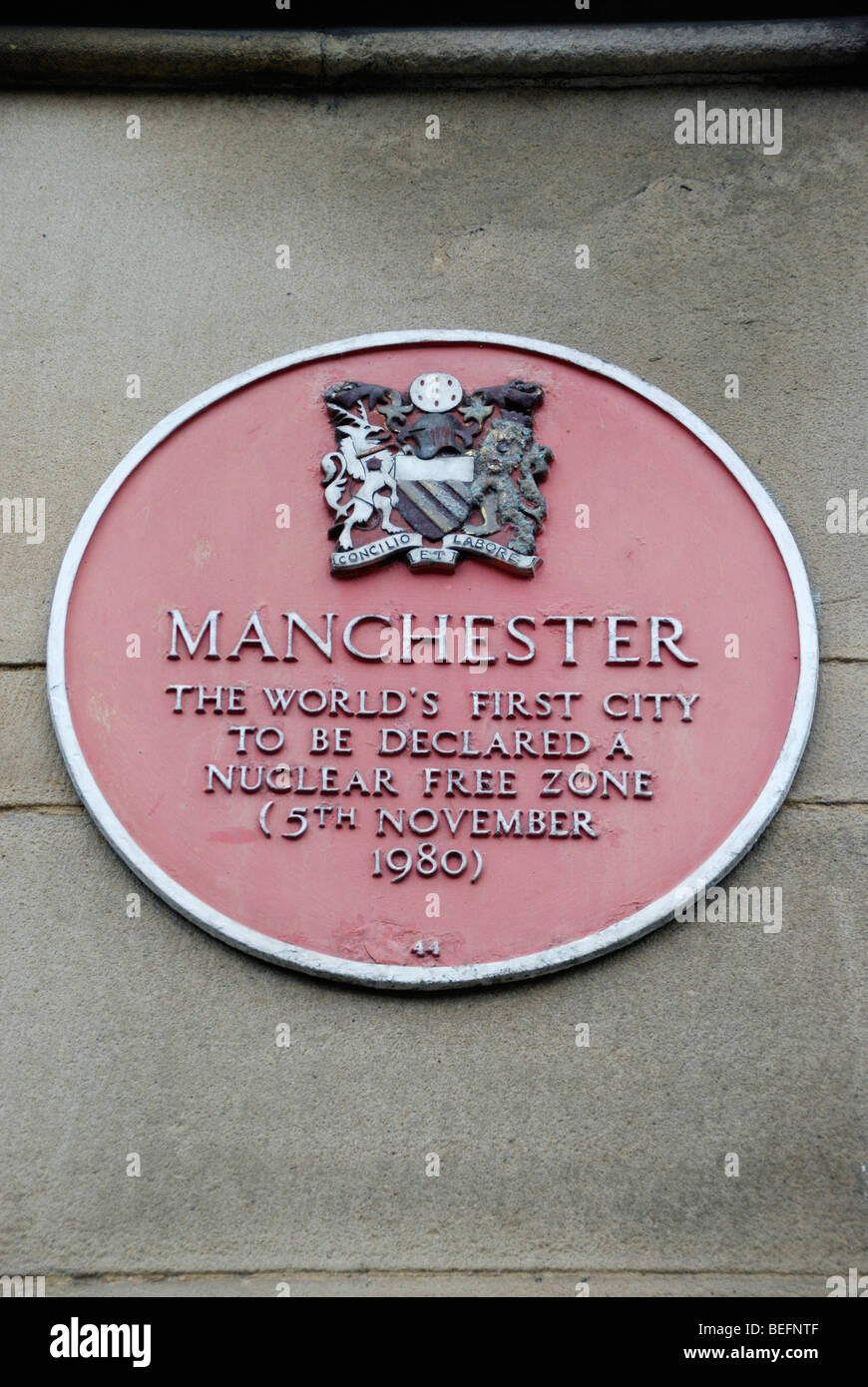 Plaque celebrating Manchester's status as the world's first city to be declared a nuclear free zone - Stock Image