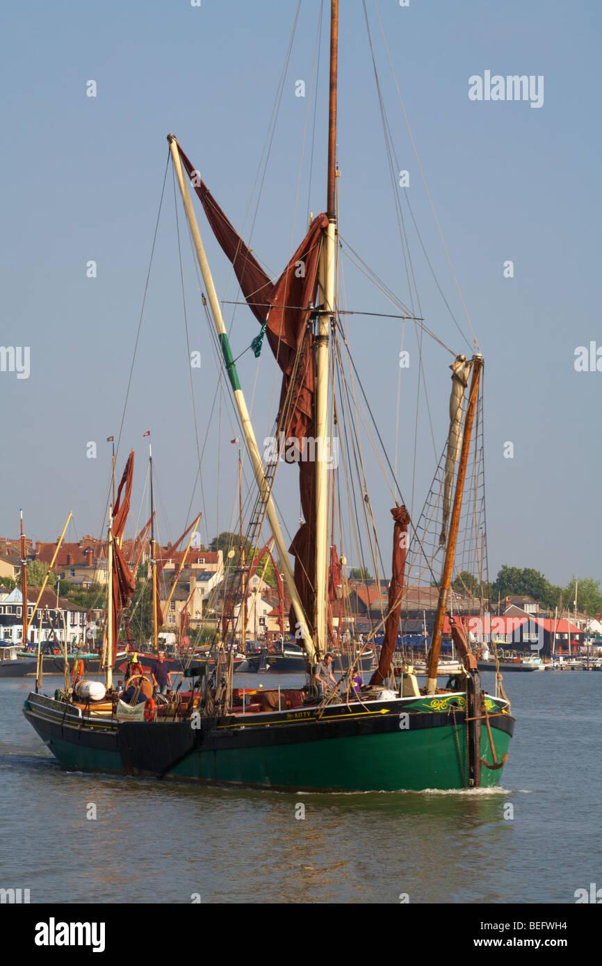 Great Britain England Essex Maldon Thames sailing boat leaving Hythe Quay - Stock Image