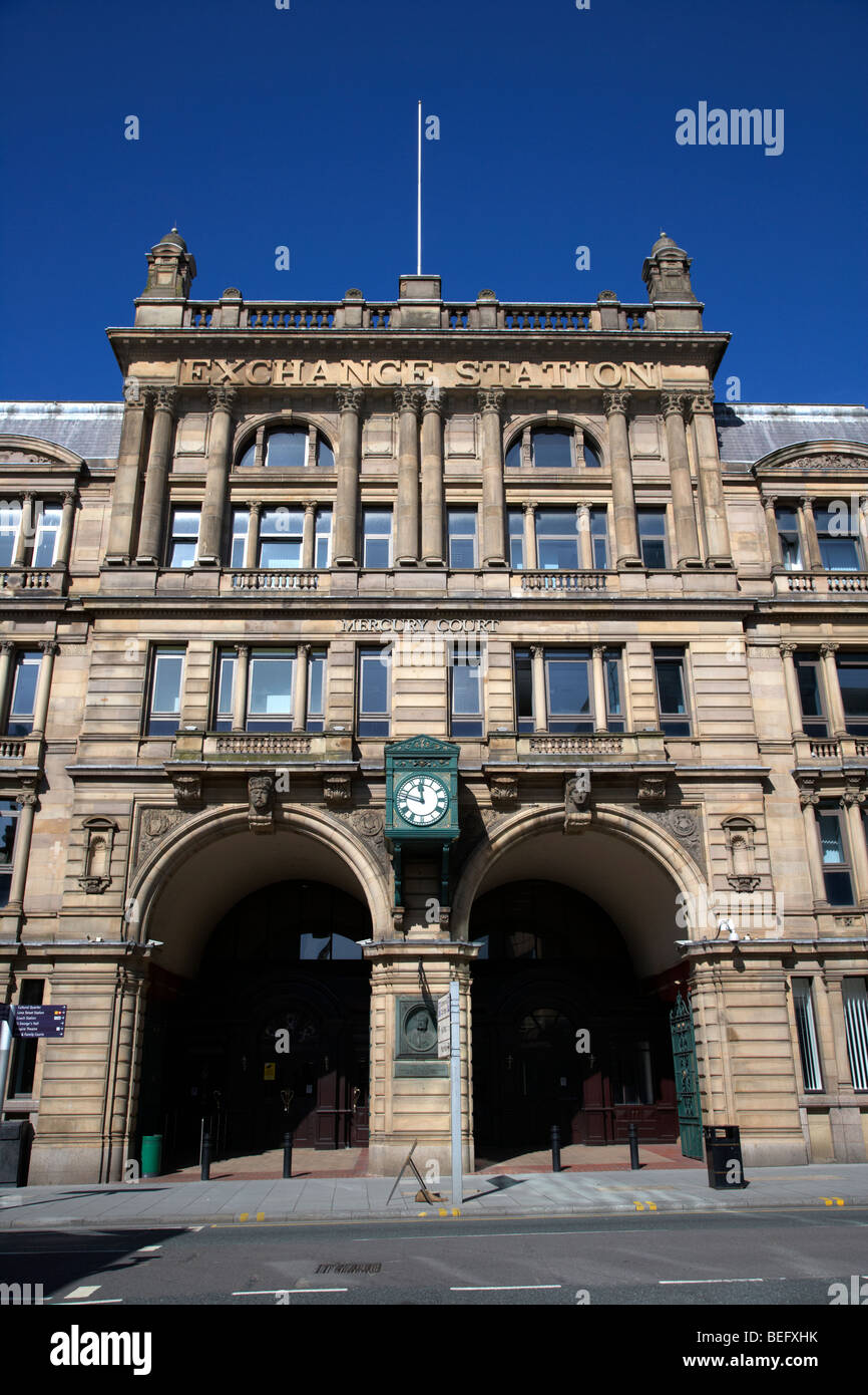 preserved frontage of exchange railway station now mercury court office building liverpool merseyside england uk - Stock Image