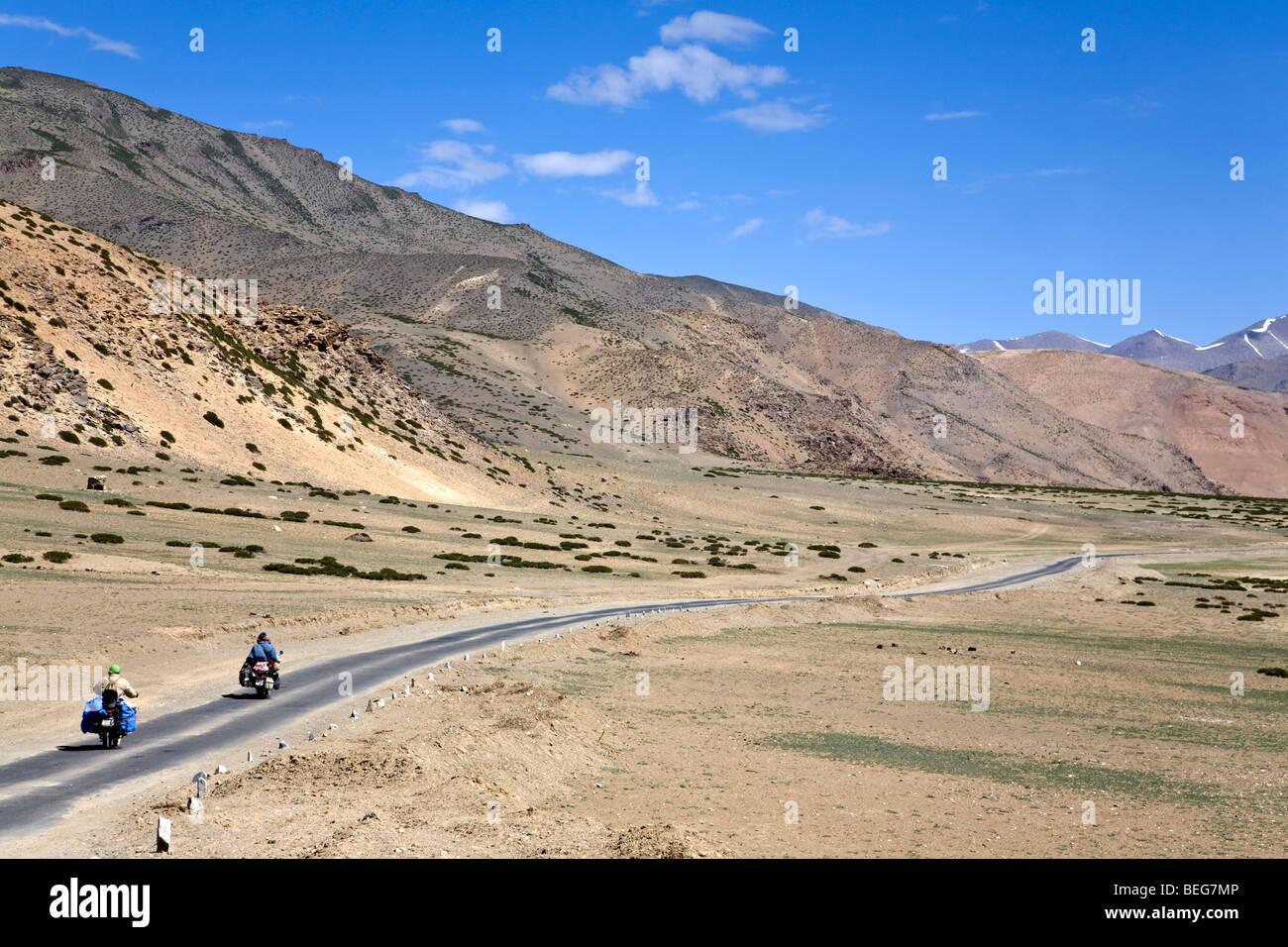 Traveling on Enfield motorbikes. Manali-Leh road. Ladakh. India - Stock Image