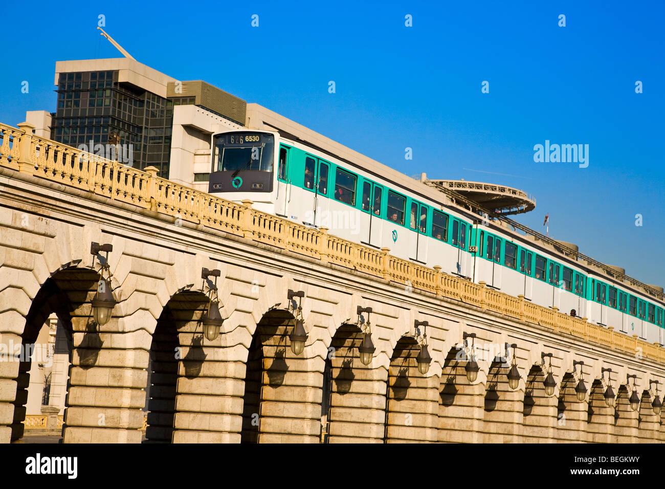 PONT DE BERCY, PARIS - Stock Image