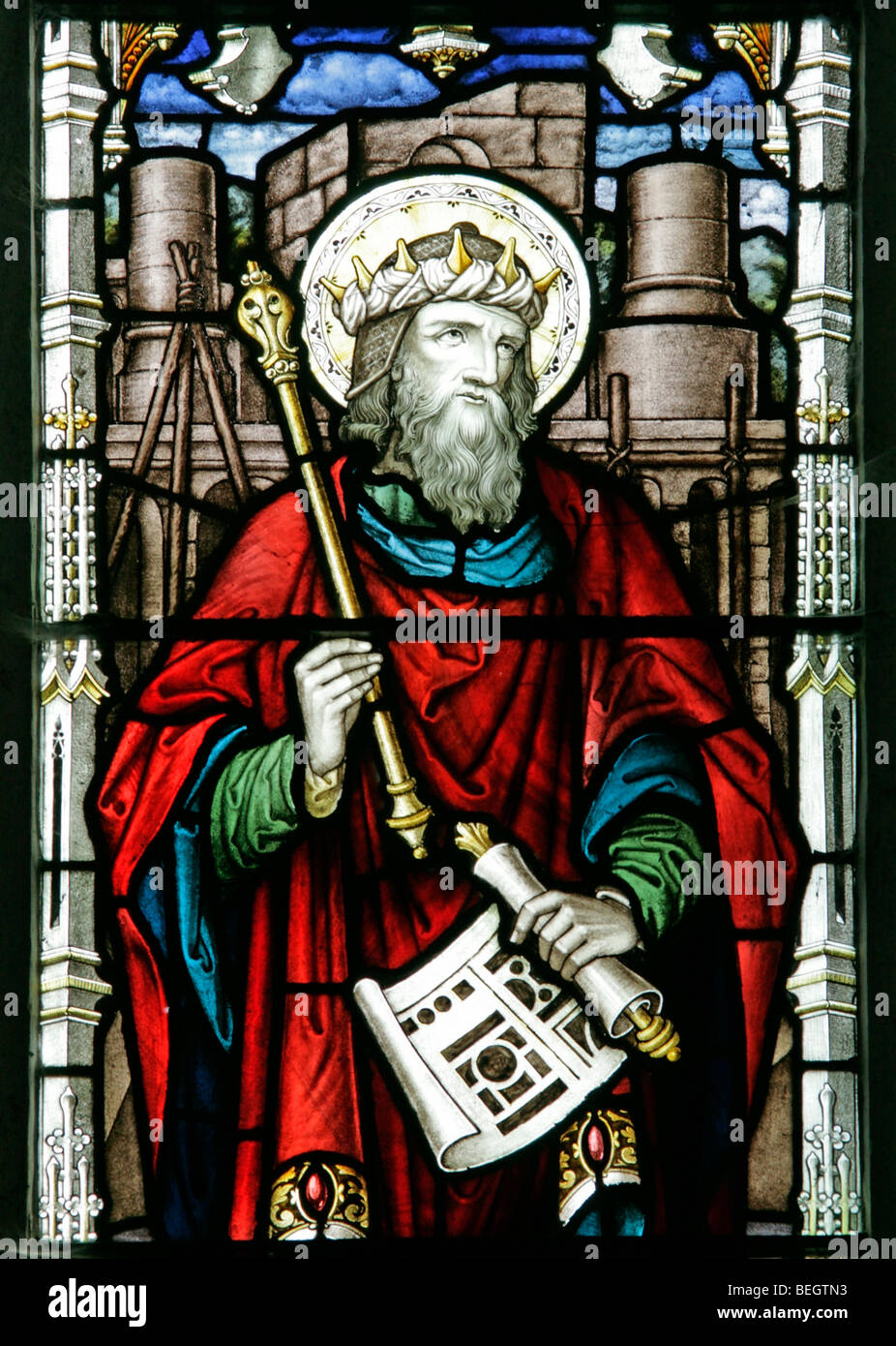 Detail from a stained glass window by A L Moore depicting King Solomon holding the plans to his temple, St Andrew's Stock Photo