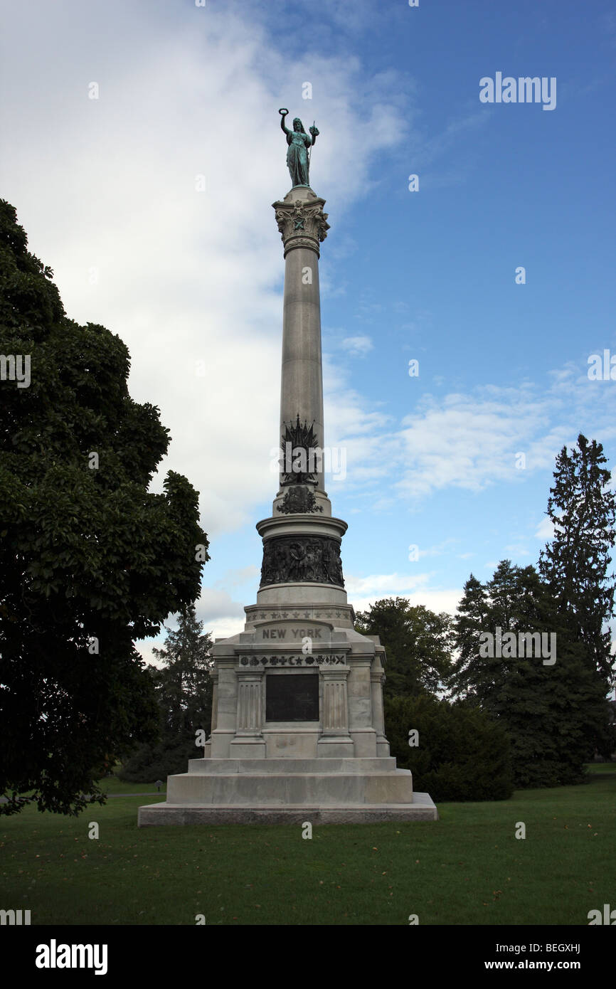 Monument to New York Civil War Dead at the Gettysburg National Cemetery - Stock Image