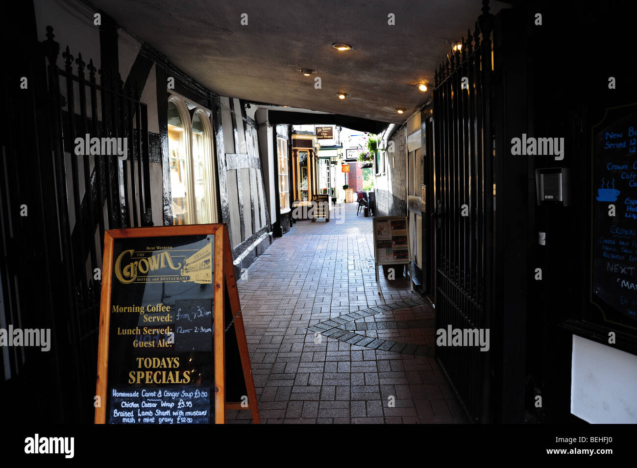 Alleyway in Nantwich Cheshire Stock Photo