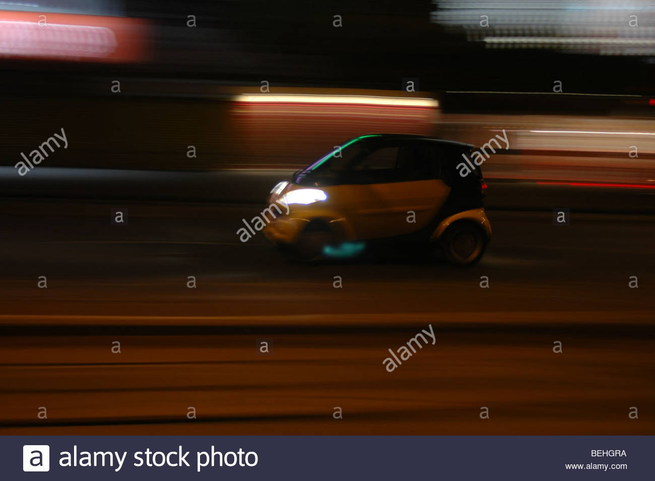 Mercedes Smart Car Stock Photos & Mercedes Smart Car Stock Images ...