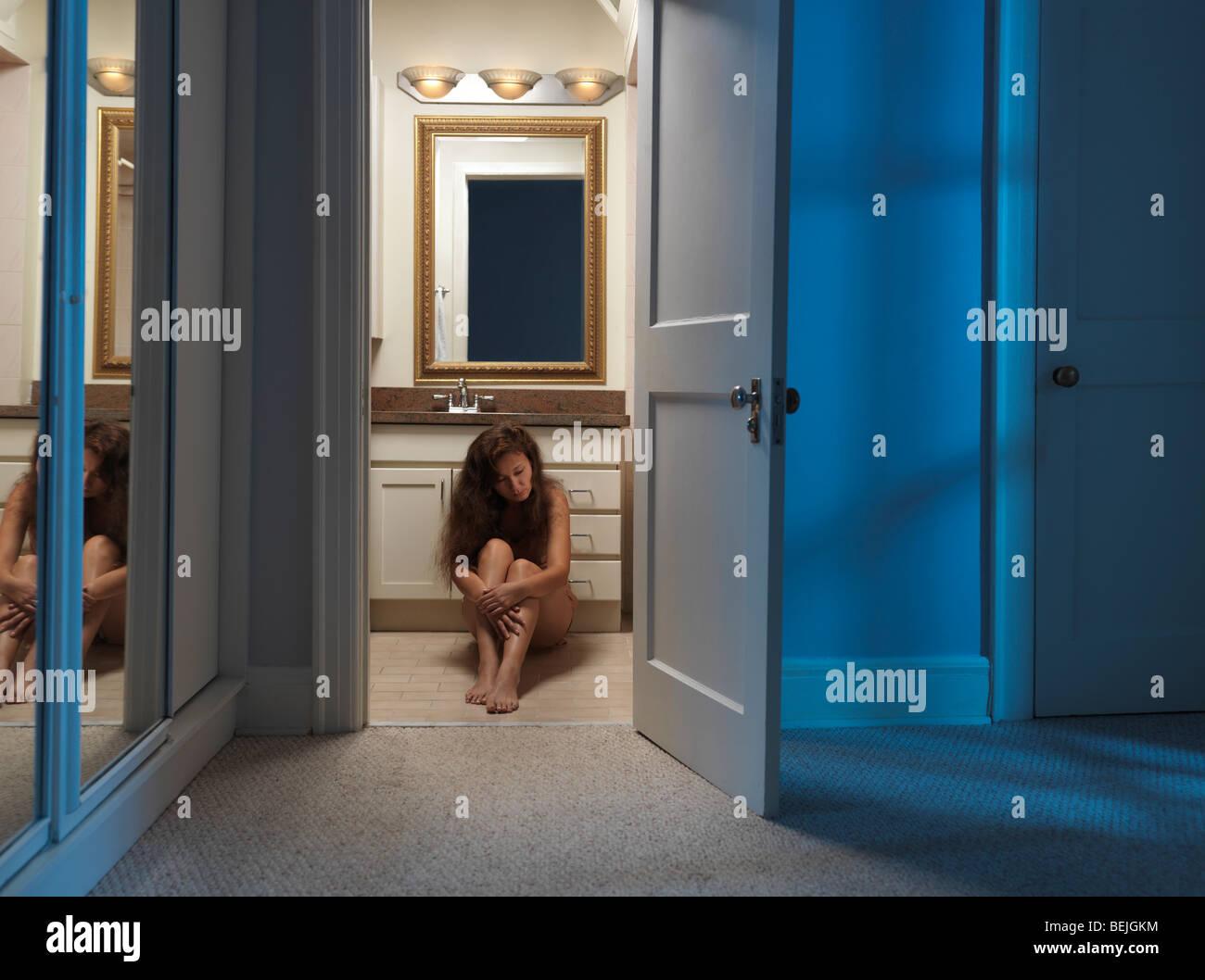 Bathroom Door Ajar Stock Photos & Bathroom Door Ajar Stock Images ...