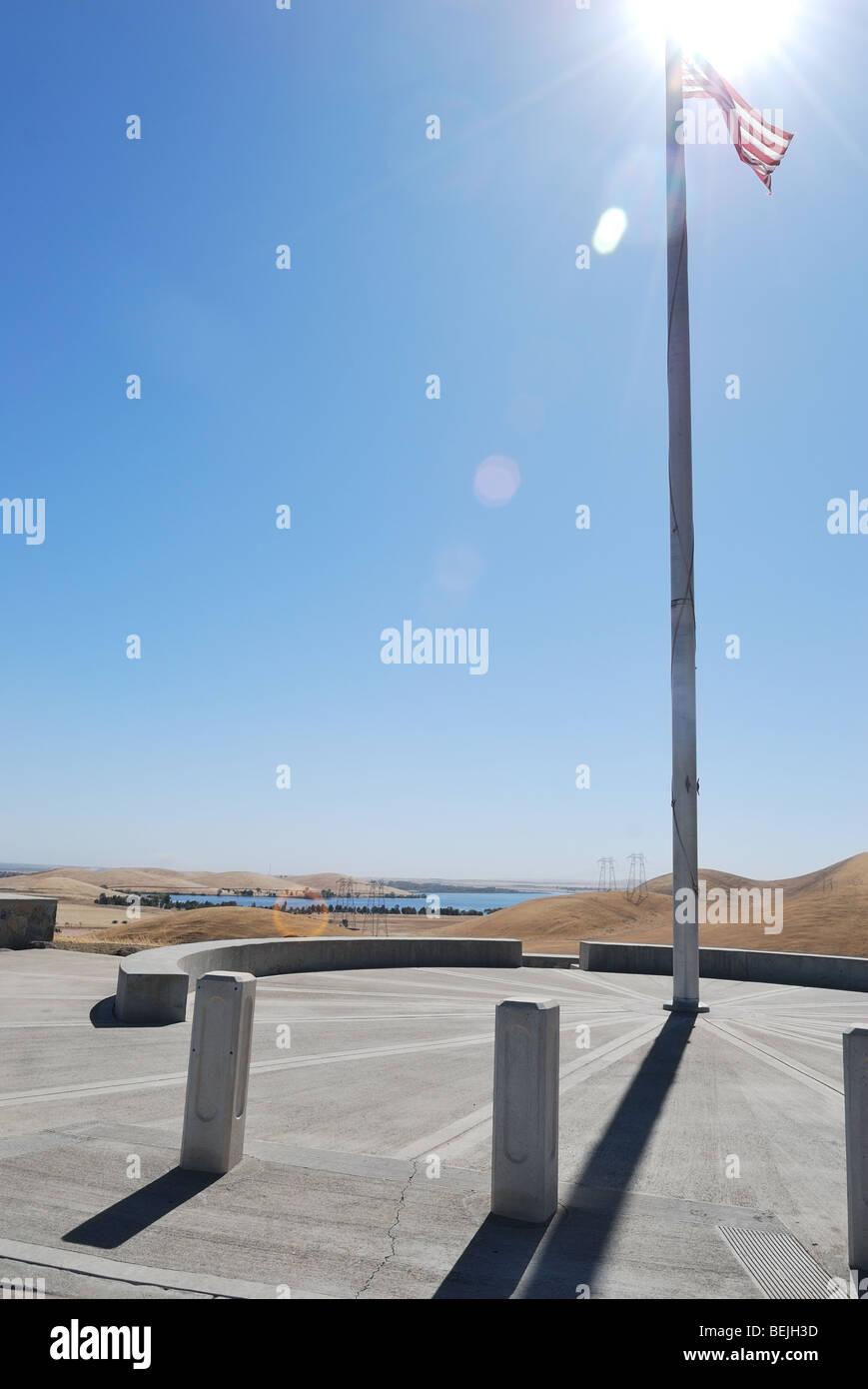 Flagpole at the San Joaquin National Cemetery, Santa Nella, California - Stock Image