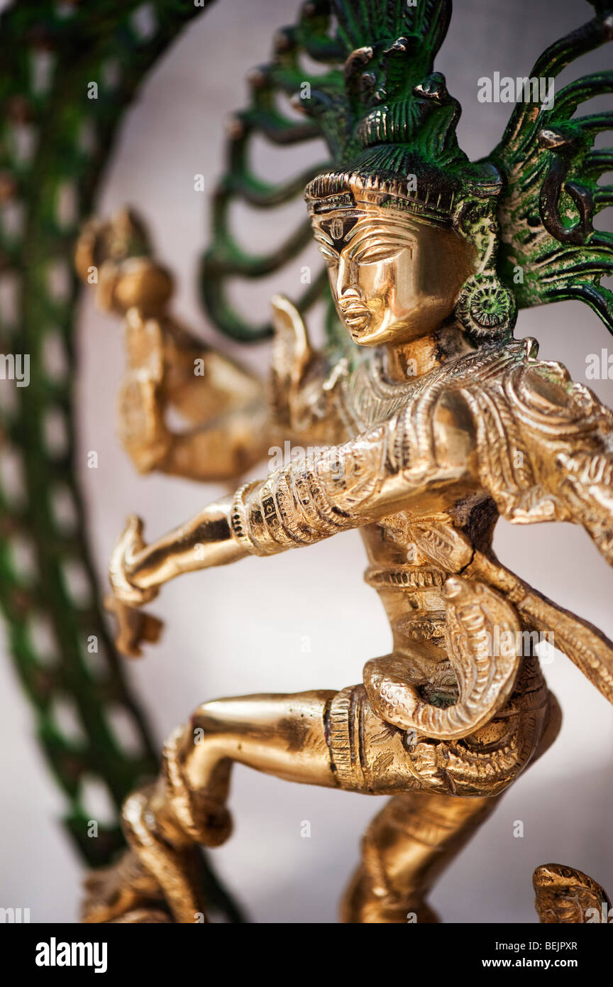 Great Wallpaper Lord Nataraja - dancing-lord-shiva-statue-nataraja-hindu-god-BEJPXR  Picture_40253.jpg