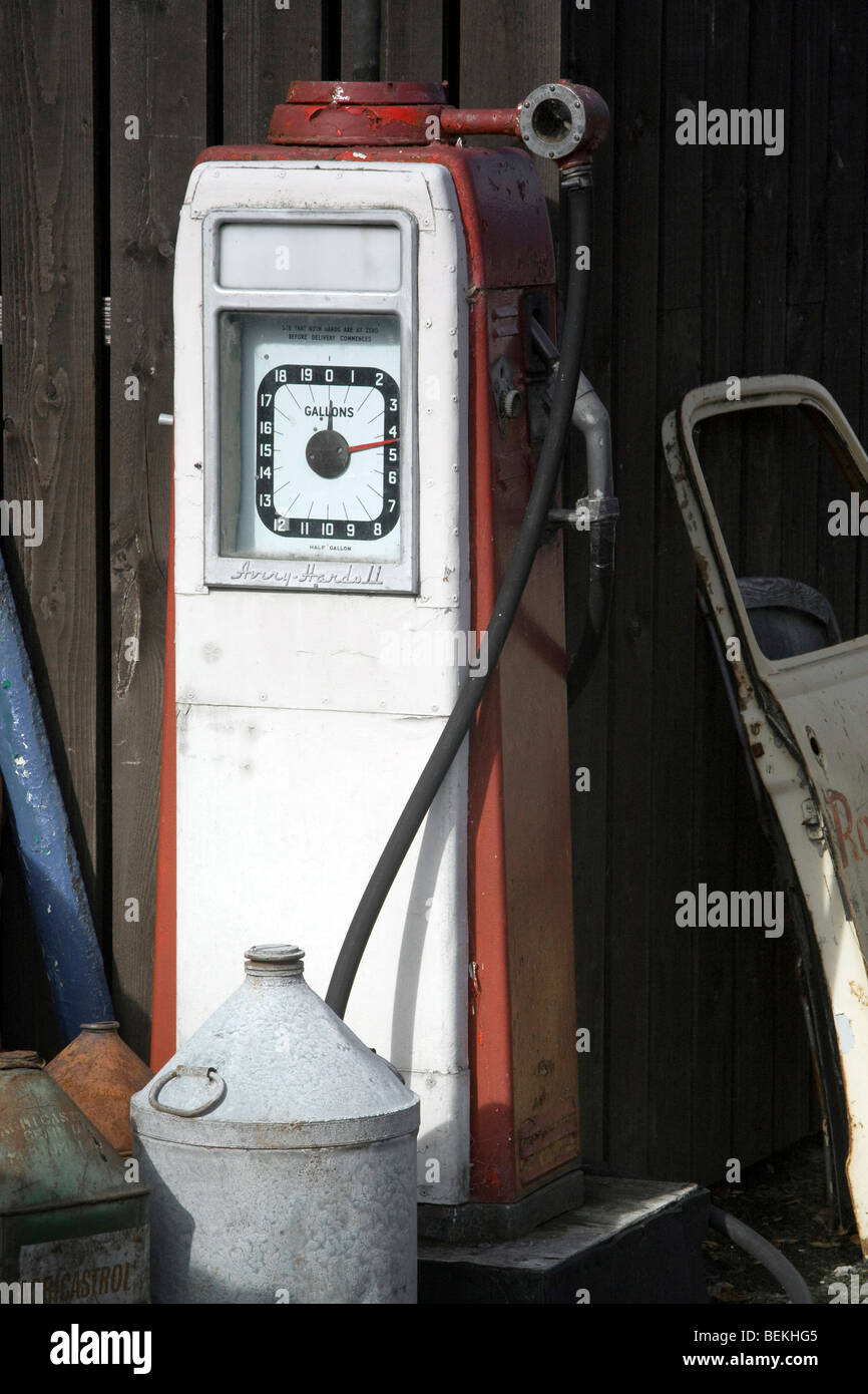 1960s Petrol Stock Photos Amp 1960s Petrol Stock Images Alamy