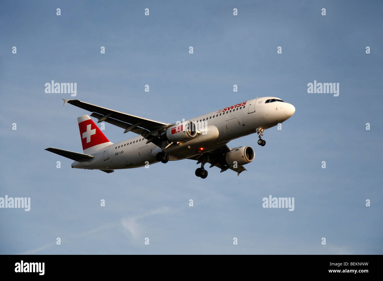 A Swiss Airbus A320-214 coming in to land at London Heathrow, UK.  August 2009. (HB-IJD) - Stock Image