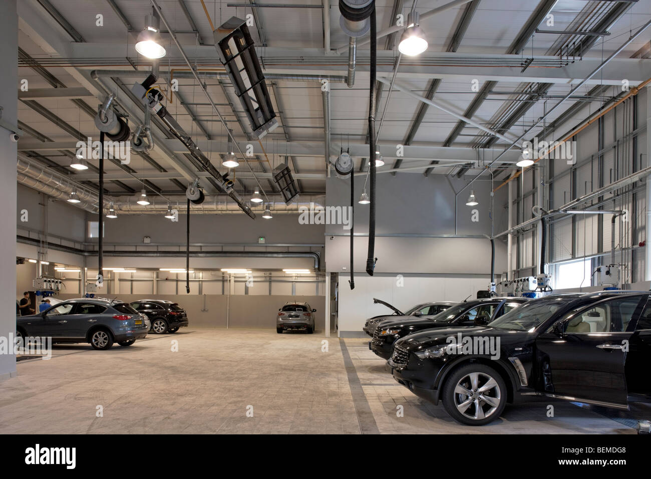 Infiniti Dealer Reading >> Infiniti Car Showroom In Reading Stock Photo 26265240 Alamy
