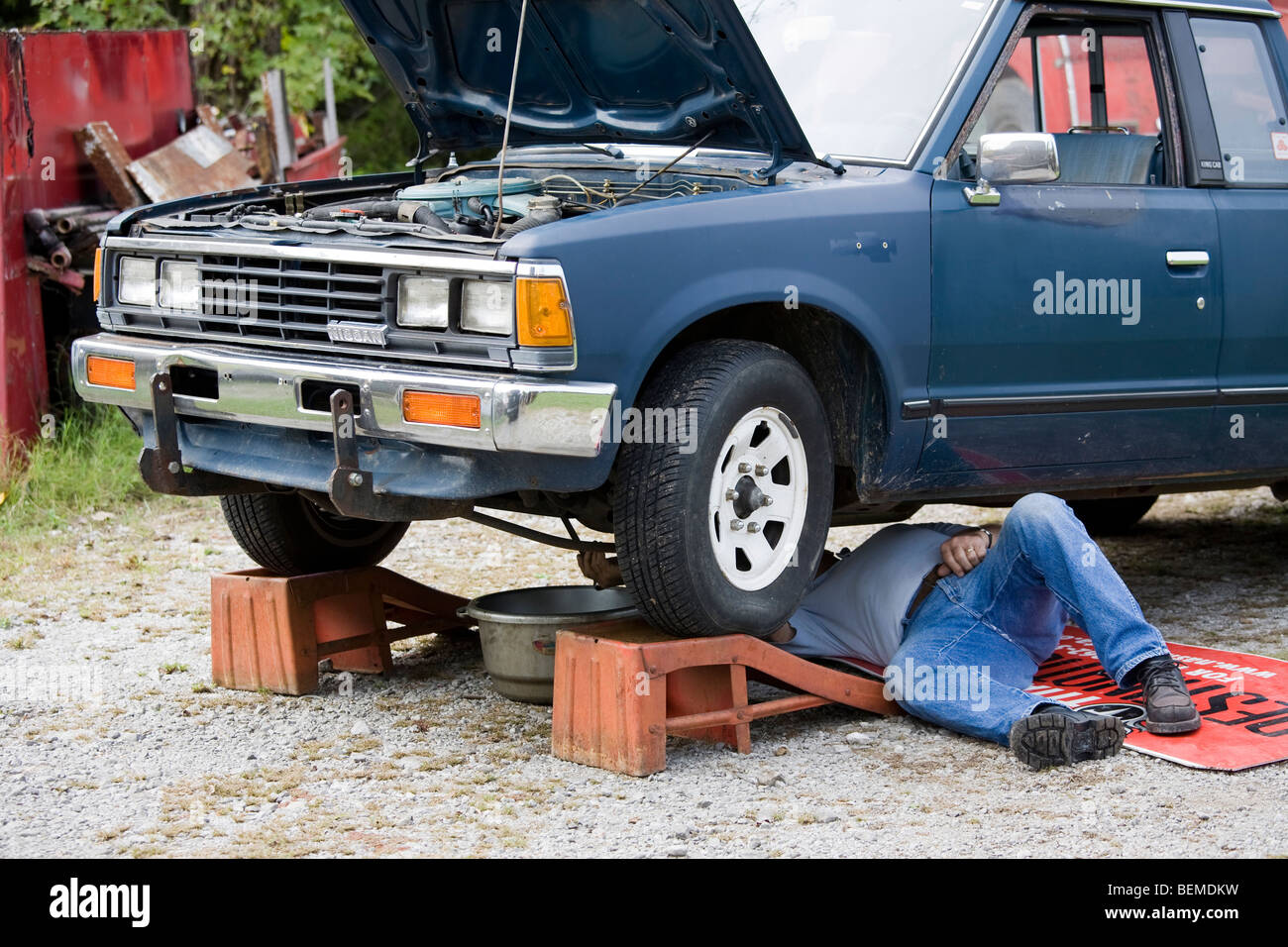 Cheap Old Car Stock Photos & Cheap Old Car Stock Images - Alamy