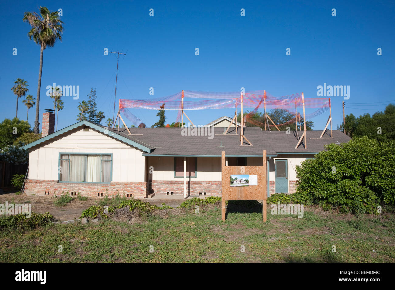 Small single family home ready for major construction project. It will be demolished and replaced. Silicon Valley, Stock Photo