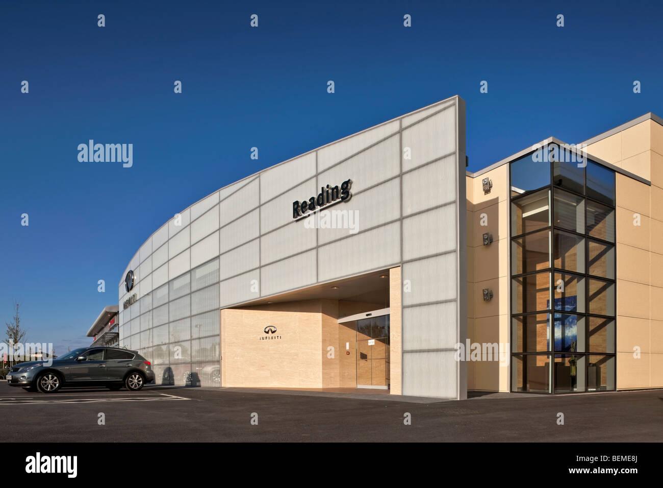 Infiniti Car Showroom in Reading - Stock Image