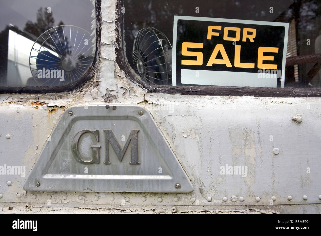 For sale sign on an old bus - Stock Image