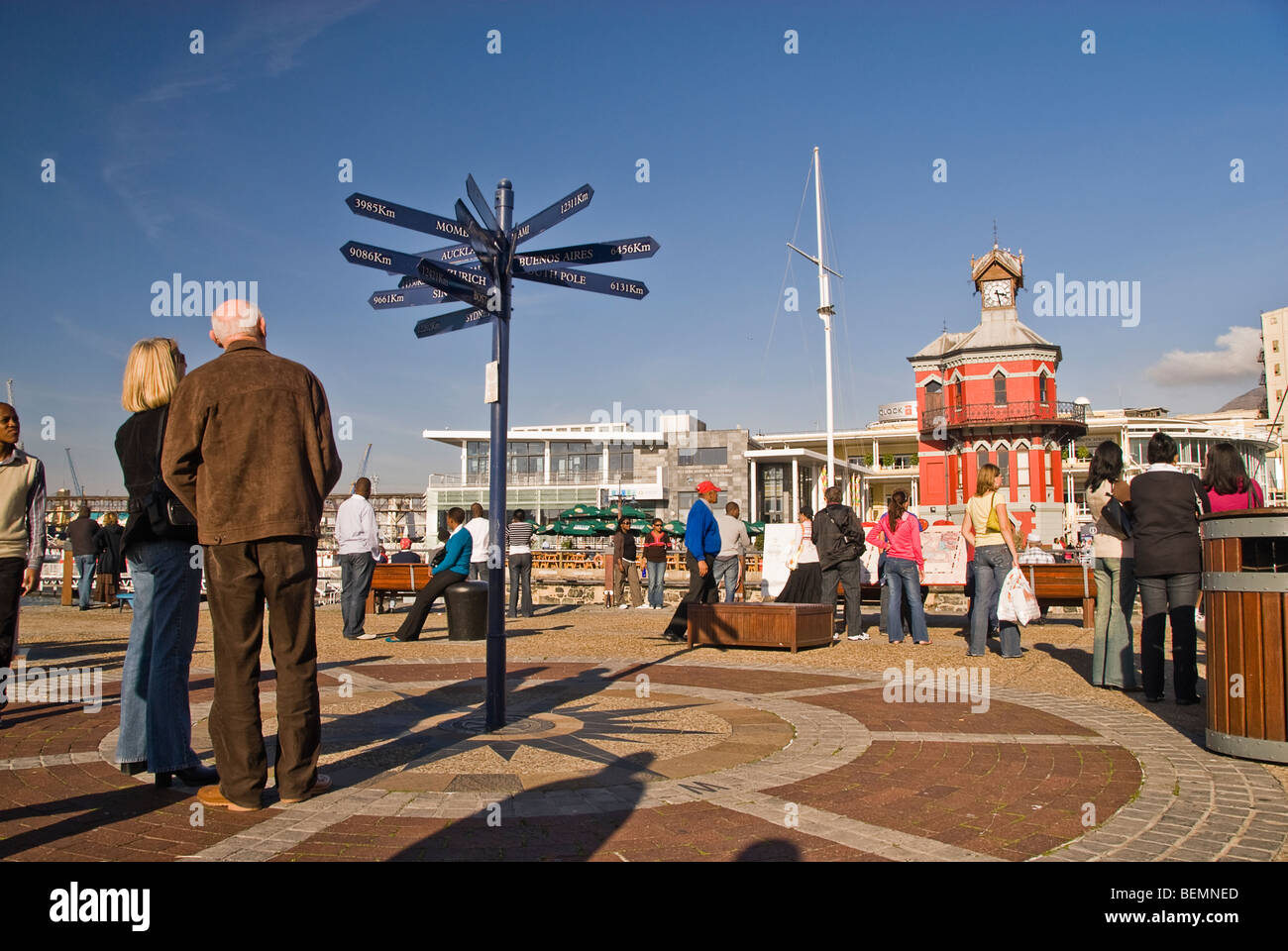 People in the streets of the waterfront. Cape Town, South Africa, Africa - Stock Image