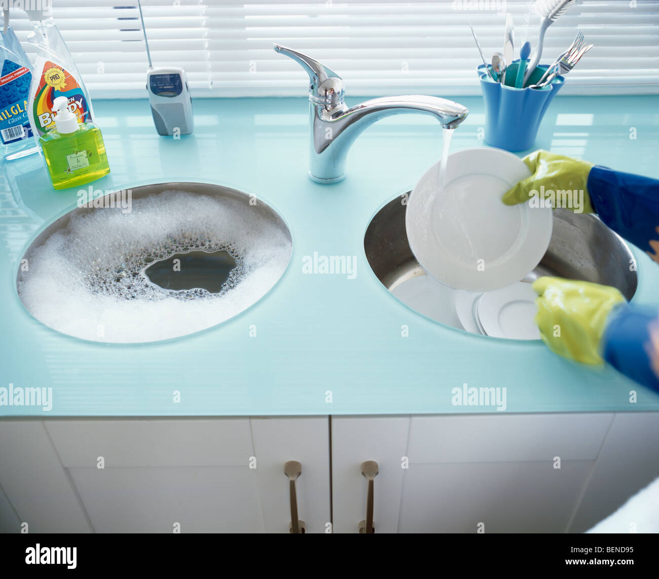 Double Kitchen Sink Stock Photos & Double Kitchen Sink Stock Images ...