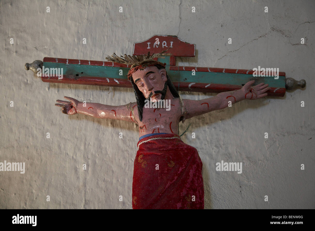 GUATEMALA Crucifix in church, Lemoa, El Quiche. PHOTOGRAPH by SEAN SPRAGUE 2008 - Stock Image