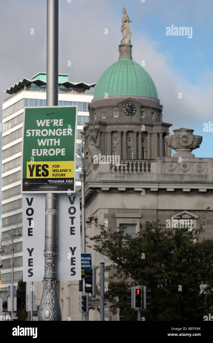 Pro Europe posters on a lampost in front of the Customs House and Liberty hall in Dublin Ireland - Stock Image