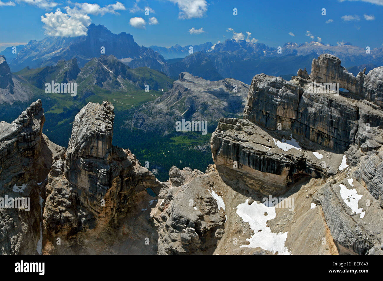 Monte pelmo dolomites italy view from tofana di mezzo for Best view of dolomites