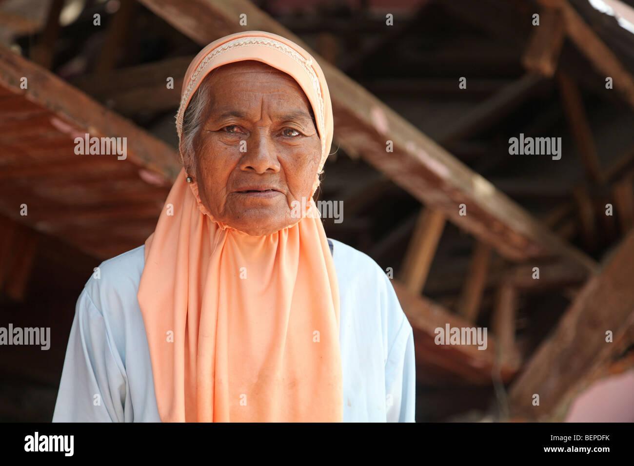 Earthquake survivor, Jawi Duku, Sungai Limau, Kab. Padang Pariaman, West Sumatra, Indonesia - Stock Image