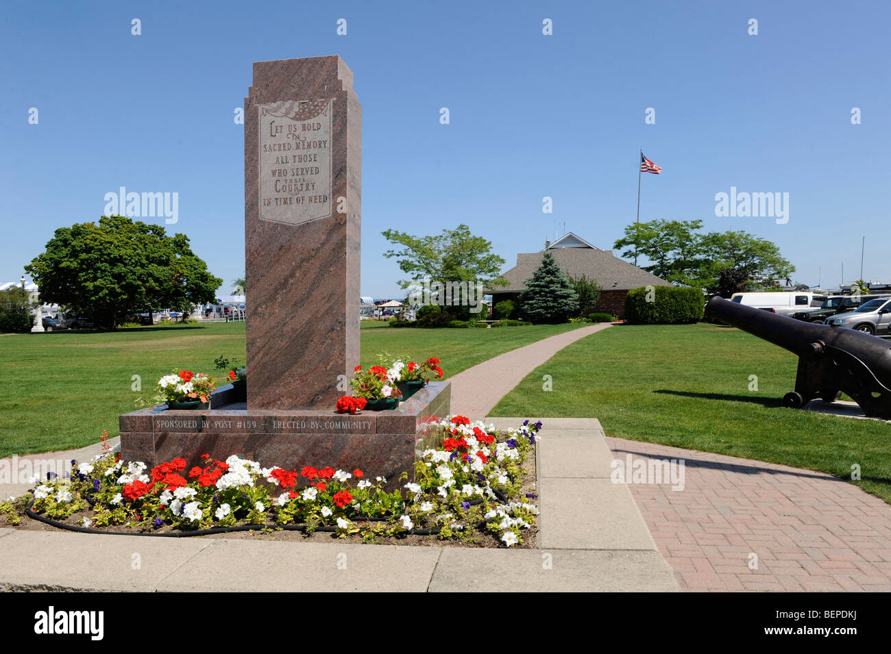 Monument dedicated to veterans in Mackinaw City Michigan - Stock Image