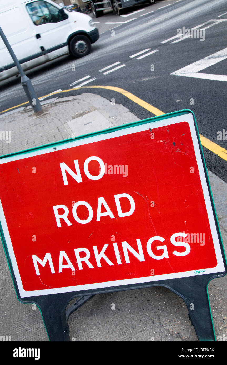 Temporary 'No Road Markings' Sign on the road, London, UK - Stock Image