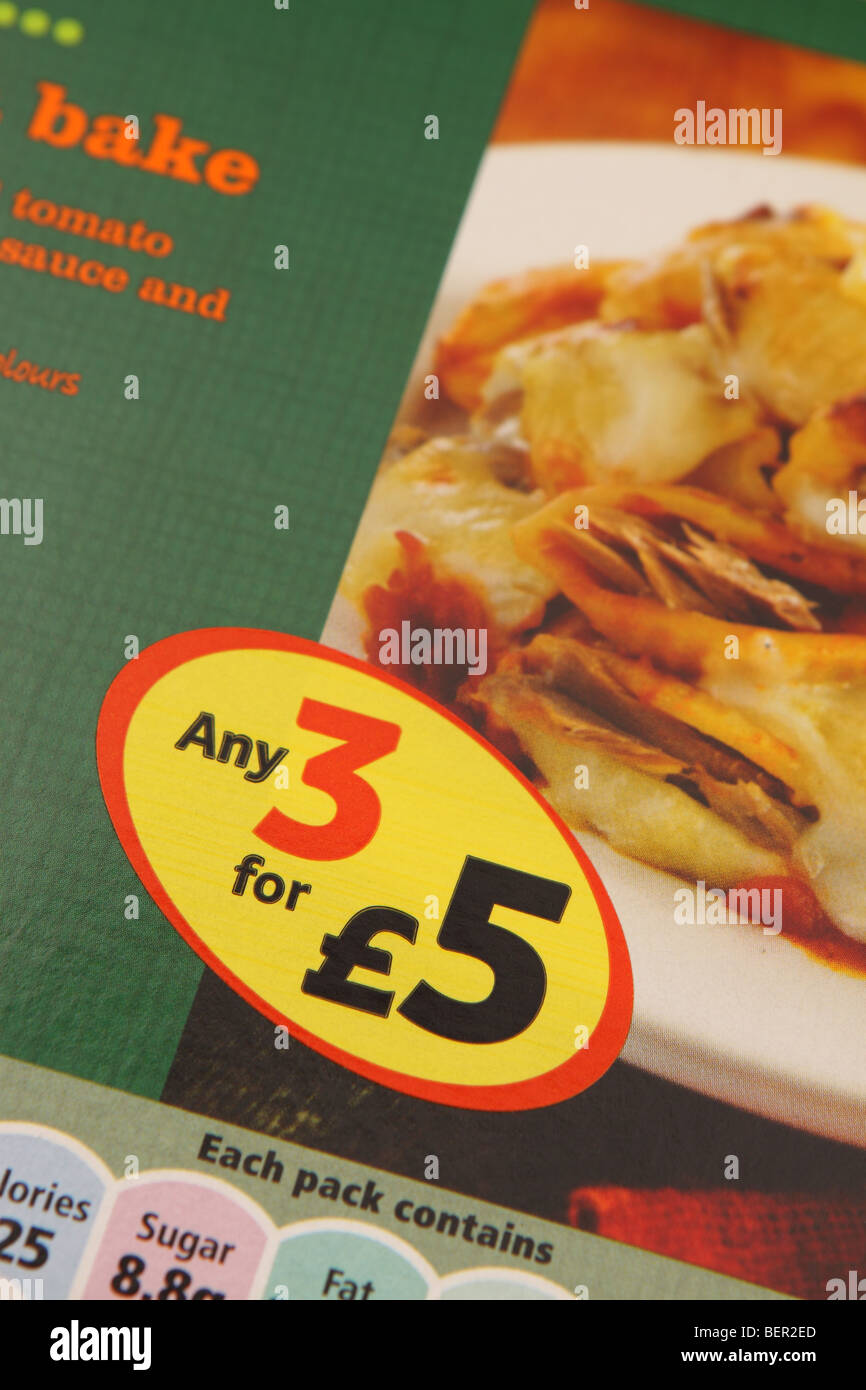 Supermarket Any 3 for £5 price discount special offer on pasta bake processed food ready meal - Stock Image