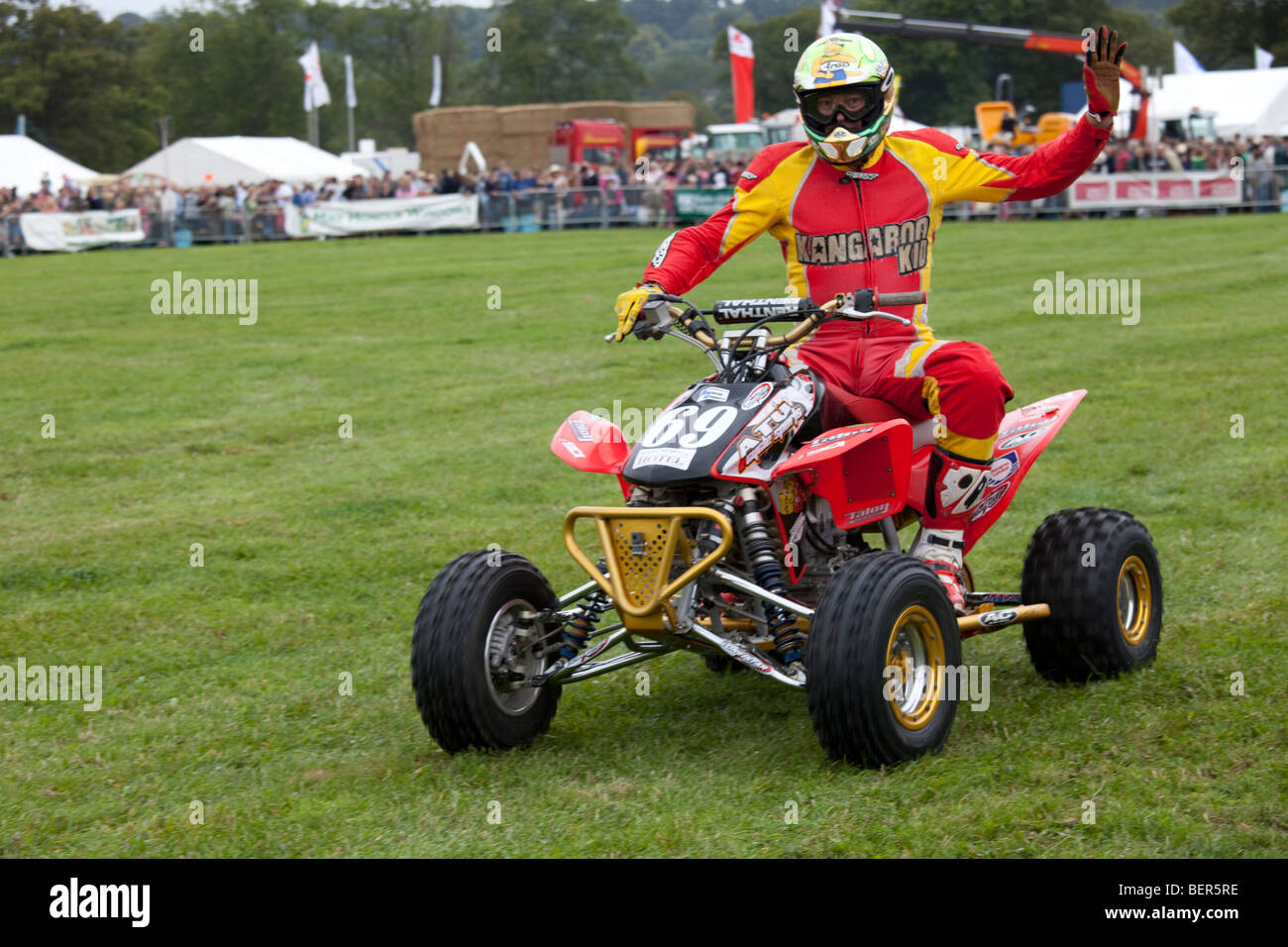 Kangaroo Kid alias Matt Coulter riding quad stunt bike Moreton Show September 2009 UK Stock Photo