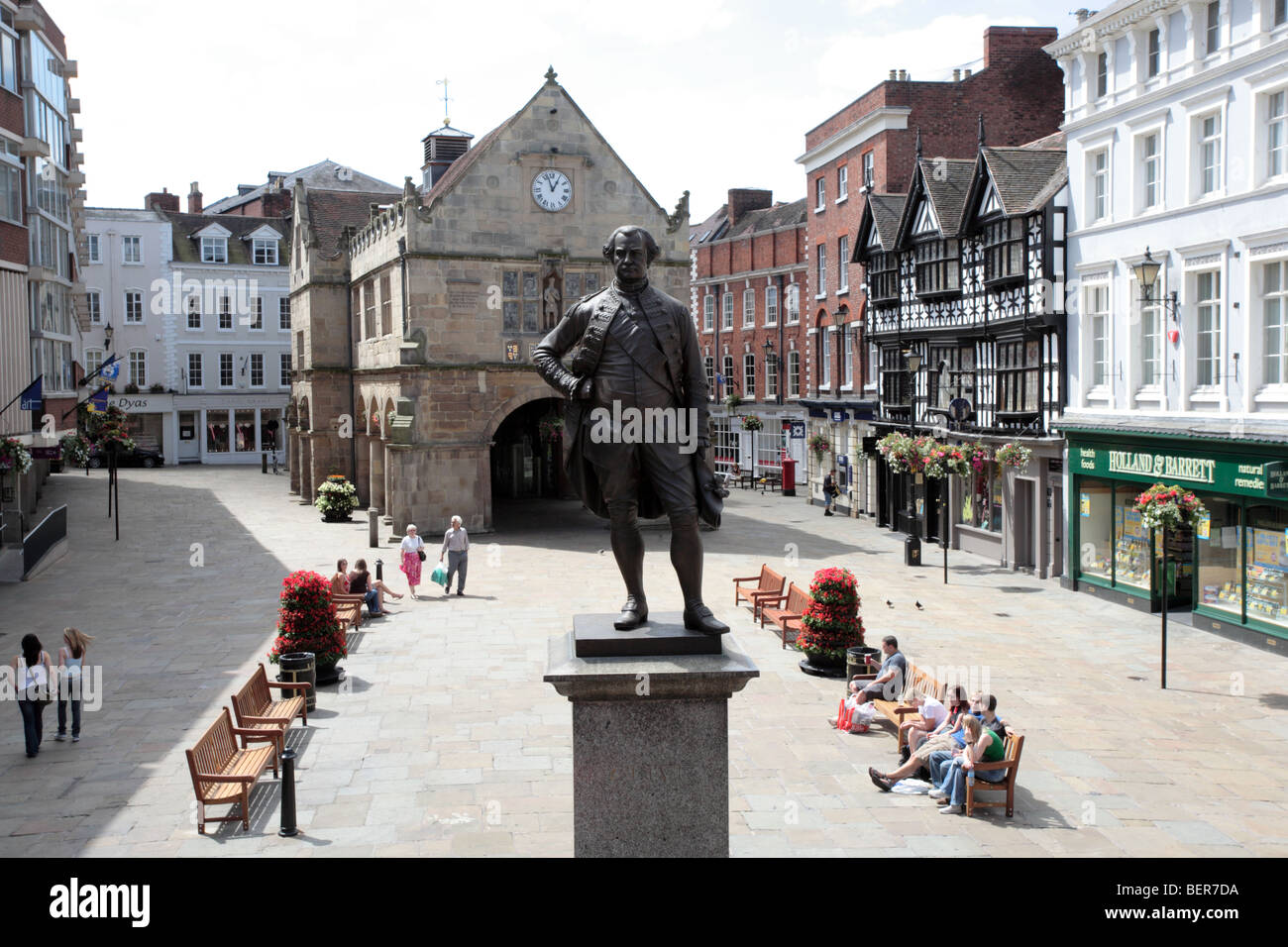 Statue of Clive of India, TheSquare, Shrewsbury - Stock Image
