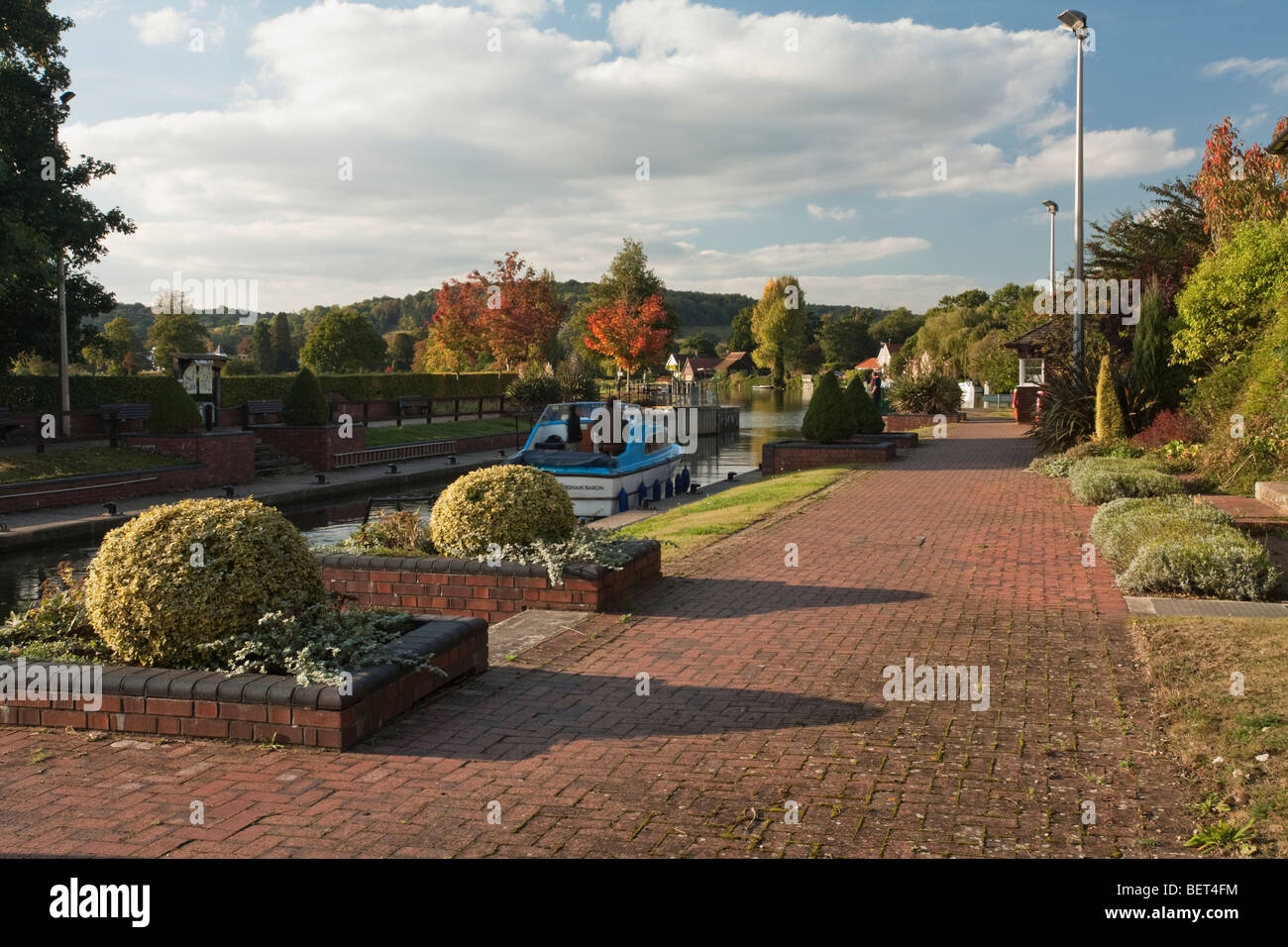 Hambleden Lock on the River Thames near Henley, Oxfordshire, Uk - Stock Image