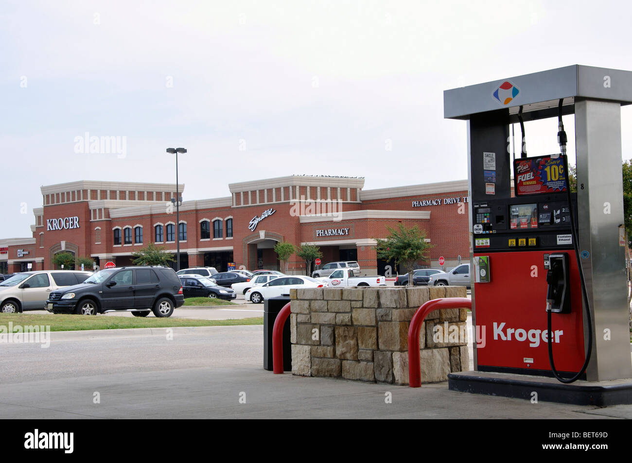 Kroger Supermarket And Gas Station In Frisco Texas Stock Photo