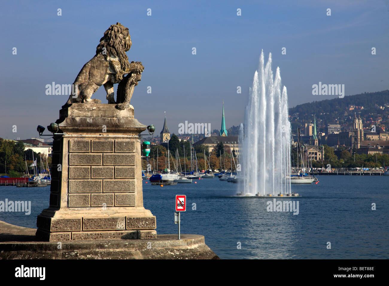 Switzerland, Zurich, lake, fountain, harbor, general view - Stock Image
