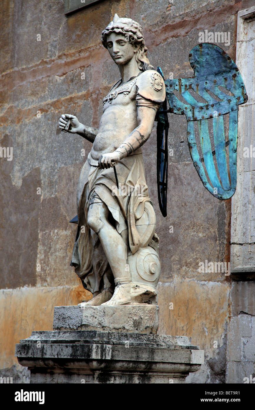 Statue 'Arcangelo Michele' in the courtyard of Castel Sant'Angelo in the Vatican - Stock Image