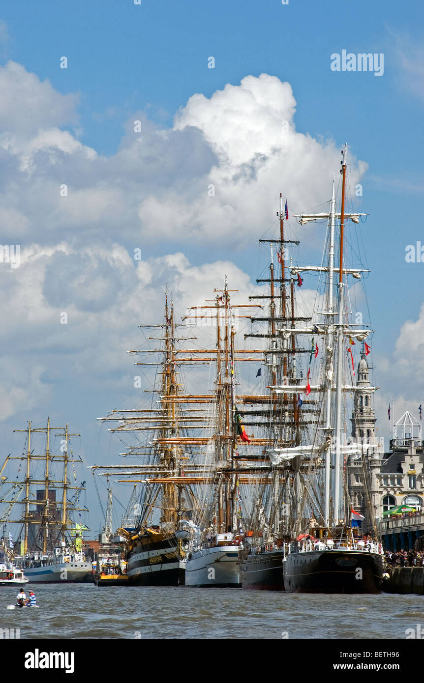 Roadstead with sailing ship on the river Scheldt during the Tall Ship's Race 2006, Antwerp, Belgium - Stock Image