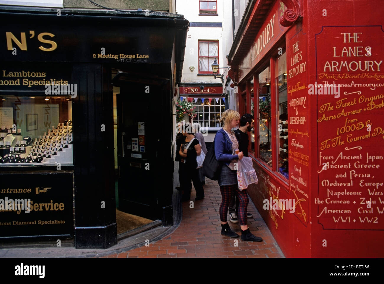 Specialist shops in narrow alleys near the Brighton Seafront - Stock Image
