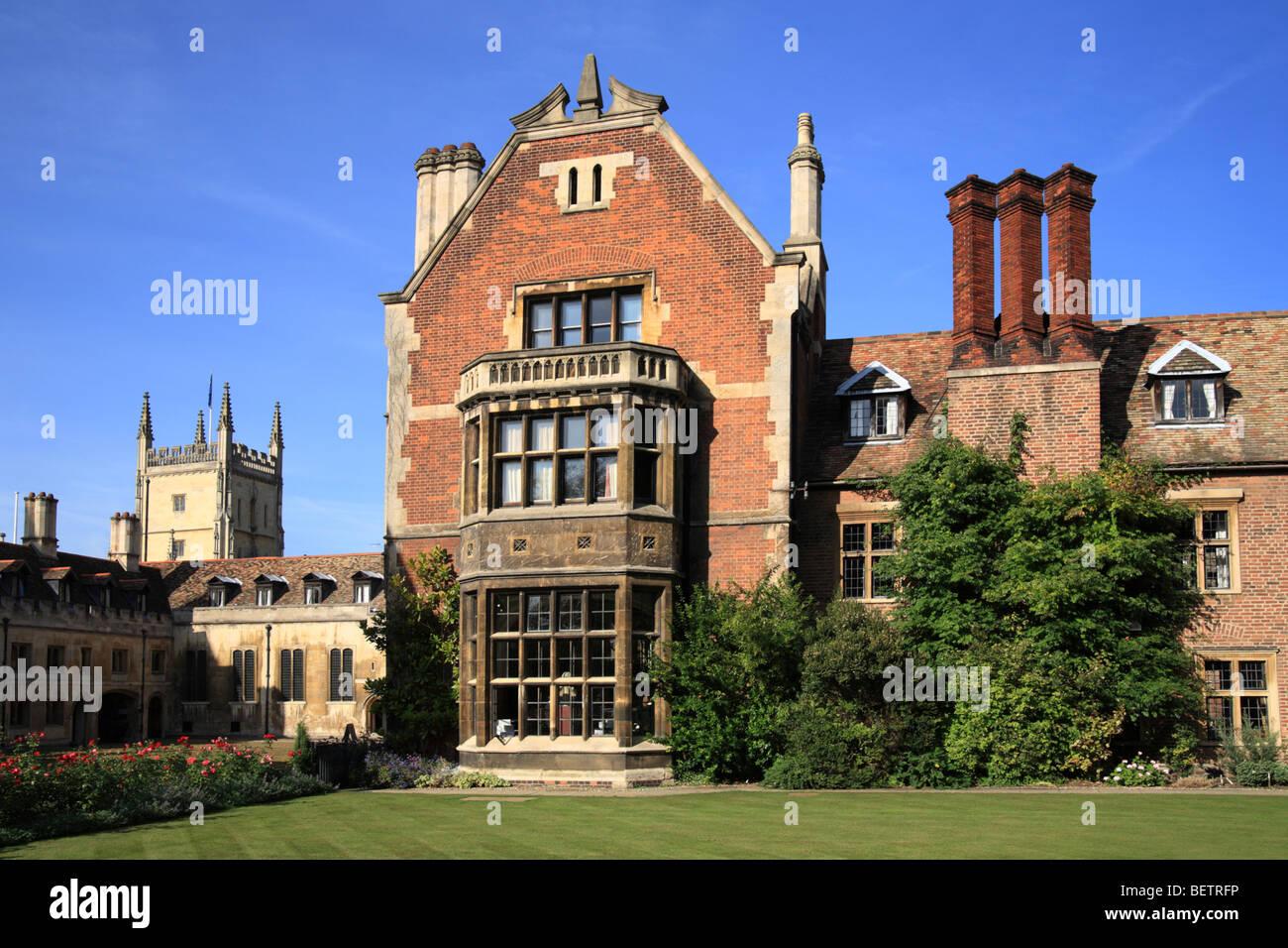 Pembroke College, Cambridge University, Masters Lodge, Library Lawn. - Stock Image