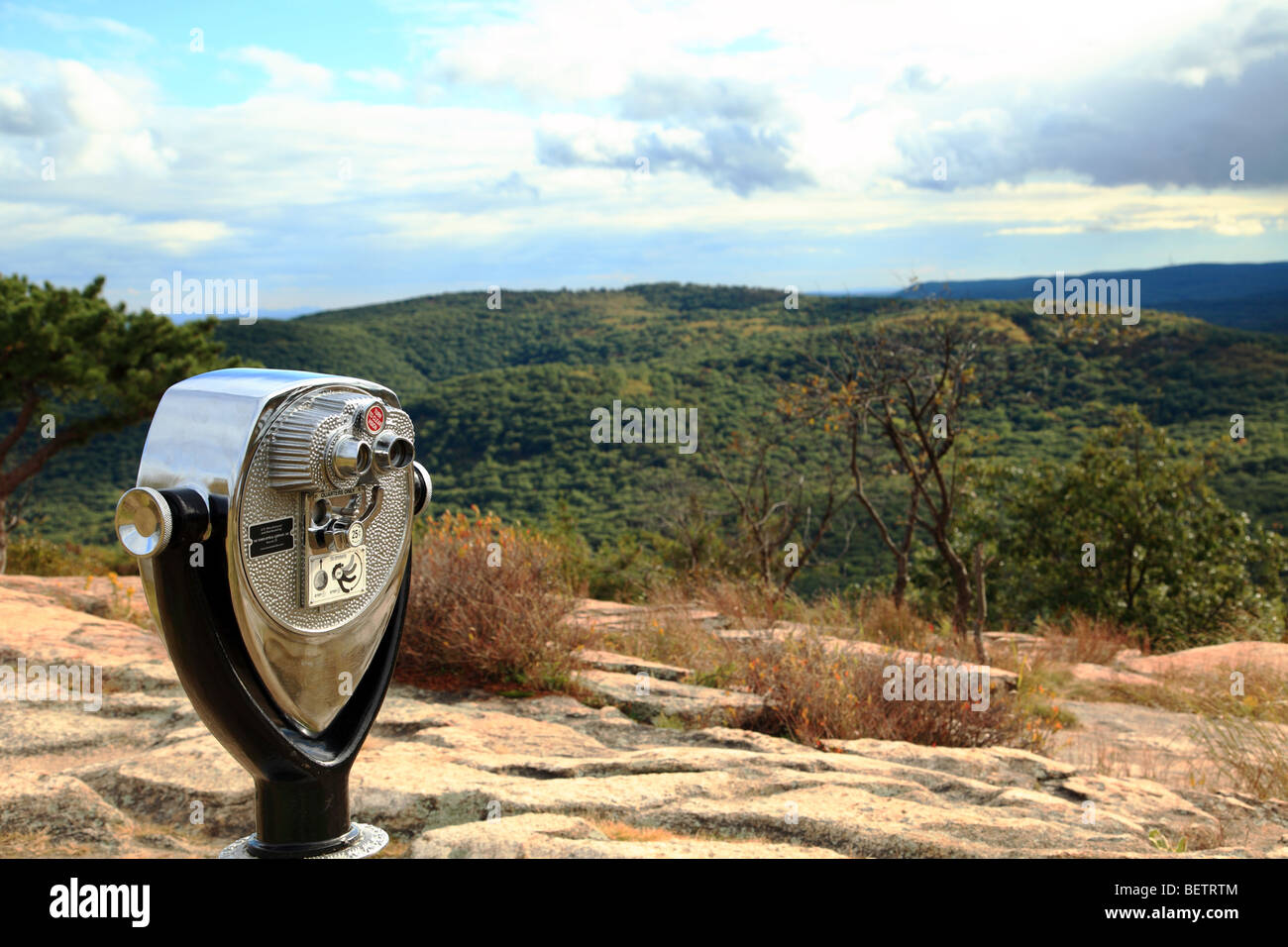 A look out point with pay as you view binoculars on top of Bear Mountain,USA - Stock Image